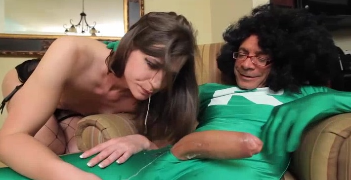 Michelle Firestone loves getting her tranny ass-hole stretched!