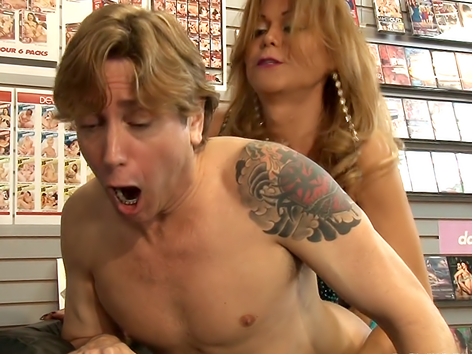 Shemale surprise porn