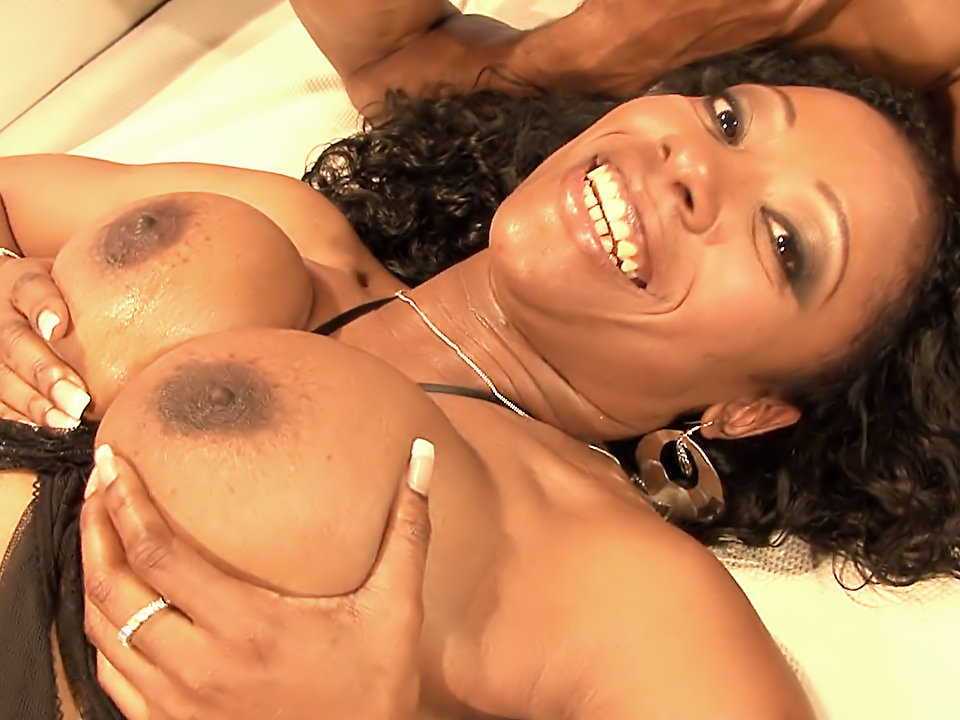 Cherokee hot big black tits action