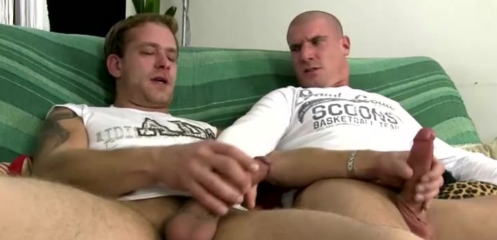 A queer stud is sucking his prick