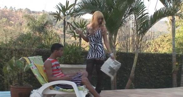 Walkyria and Thiago shemale fucks boy video