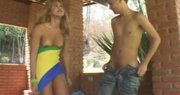 Paty and Diego tranny fucks guy action