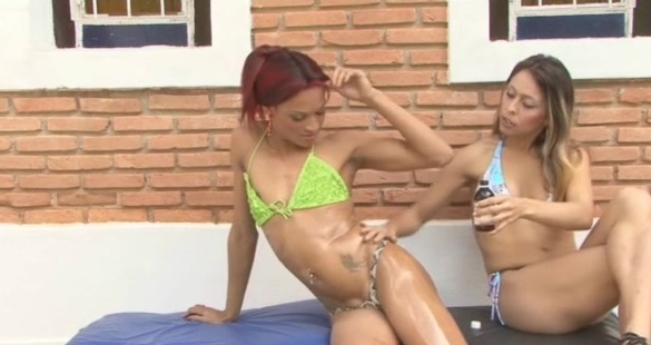 Rafaela and Fernanda tranny fucks girl action