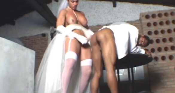 Rabeche playful shemale bride