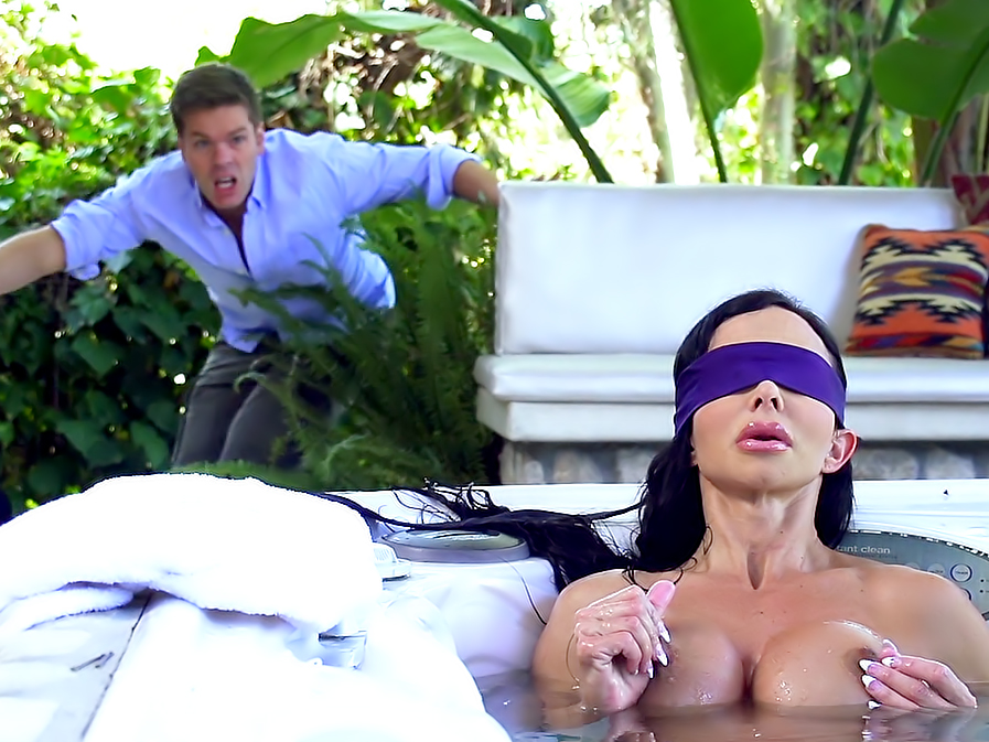 Sex With Best Friend Mom While Blindfolded