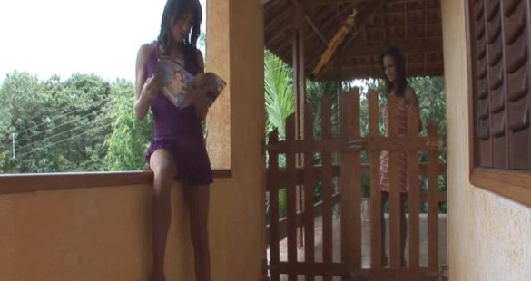 Kawana and Bruna shemale pantyhose video