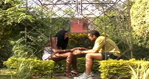 Cristina Close leggy tranny on video