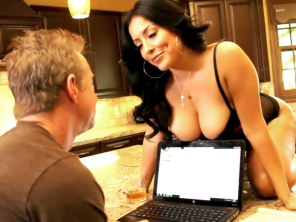 Kiara Mia. Porn video
