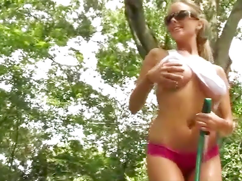 18 Magazine Brittanys Bod 030 erotic video